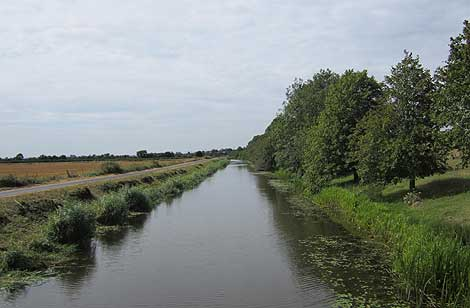 Royal Military Canal Bilsington